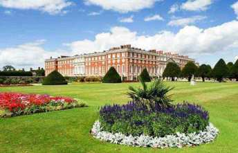 Hampton Court Palace and Windsor Castle Tour